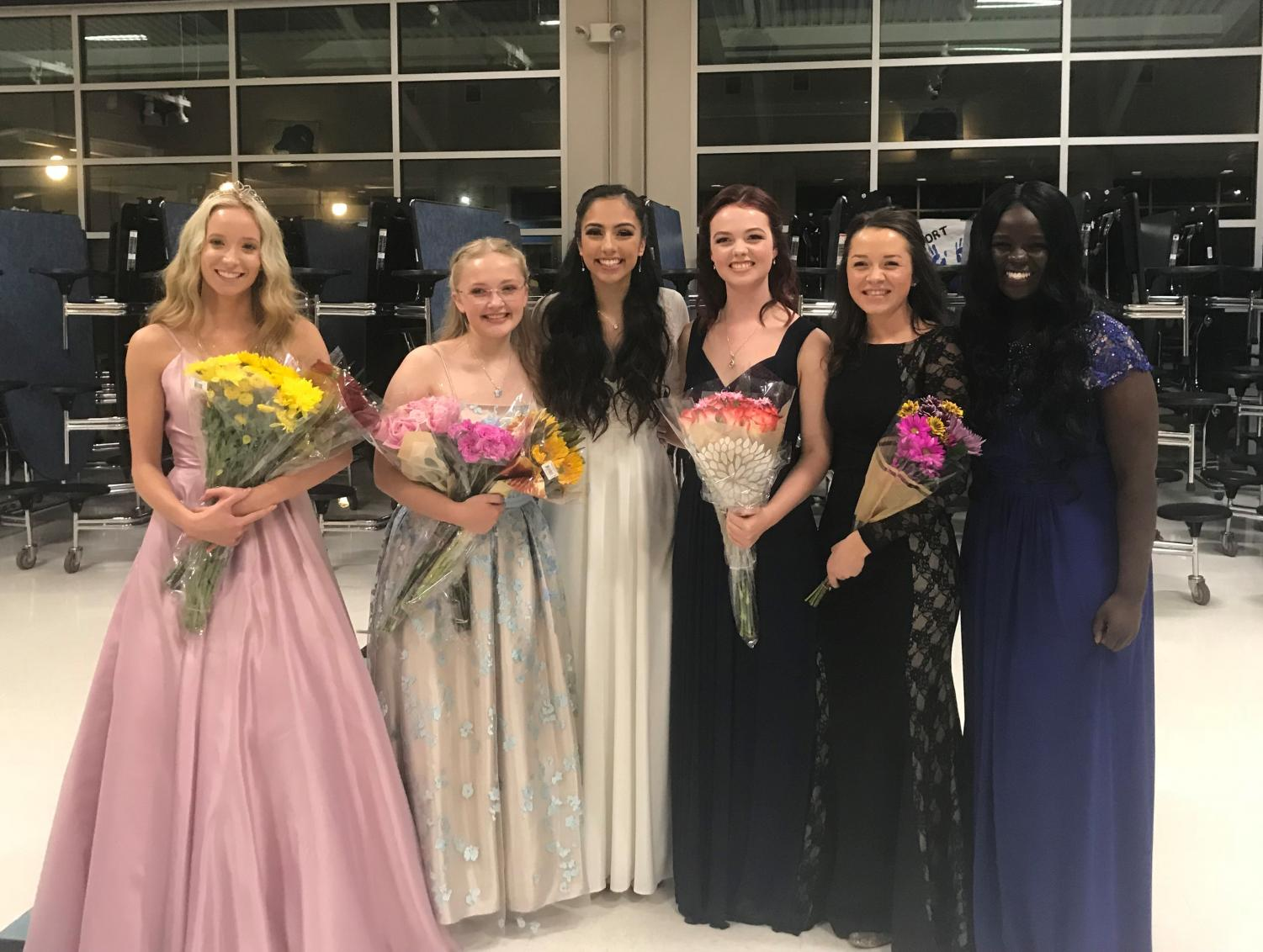 Haley Beyer, Emilie Svensson, Brennah Llanos, Sabrina Engberg, Aidan Moeck, and Miriam Kayango after the coronation.